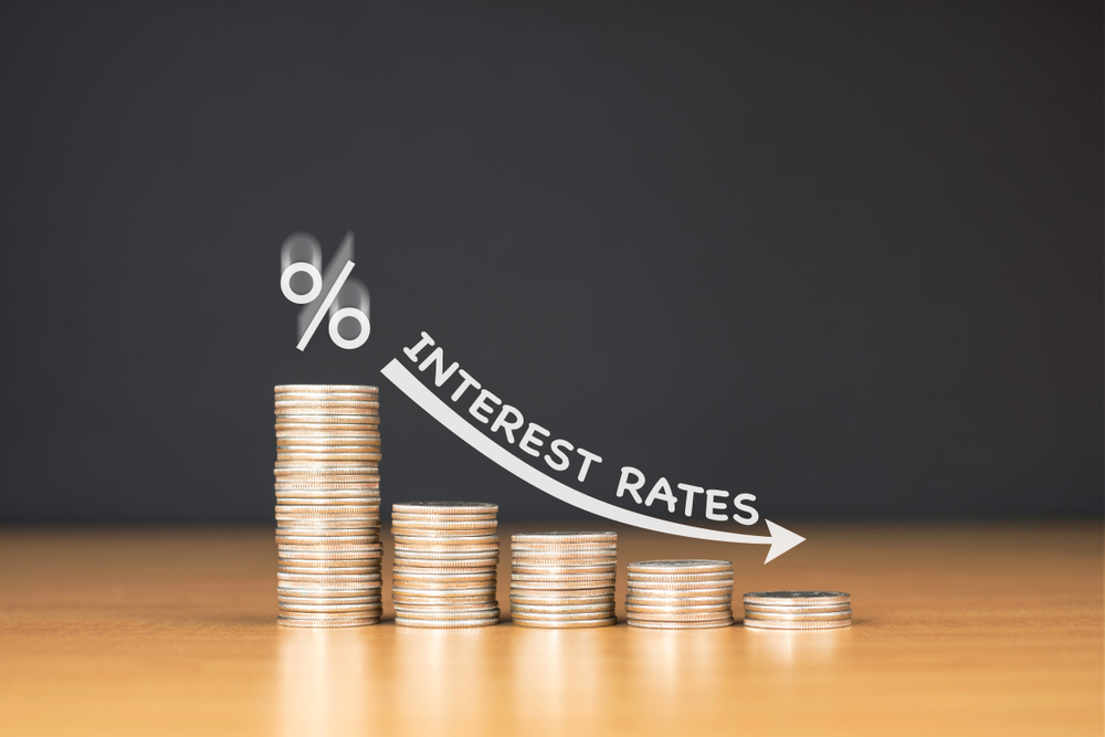 How to Shop for the Right Interest Rate When Banking